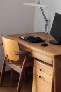 Artek(アルテック)Domus Chair(ドムスチェア)ハニー×ウォルナットを学習デスクチェアに